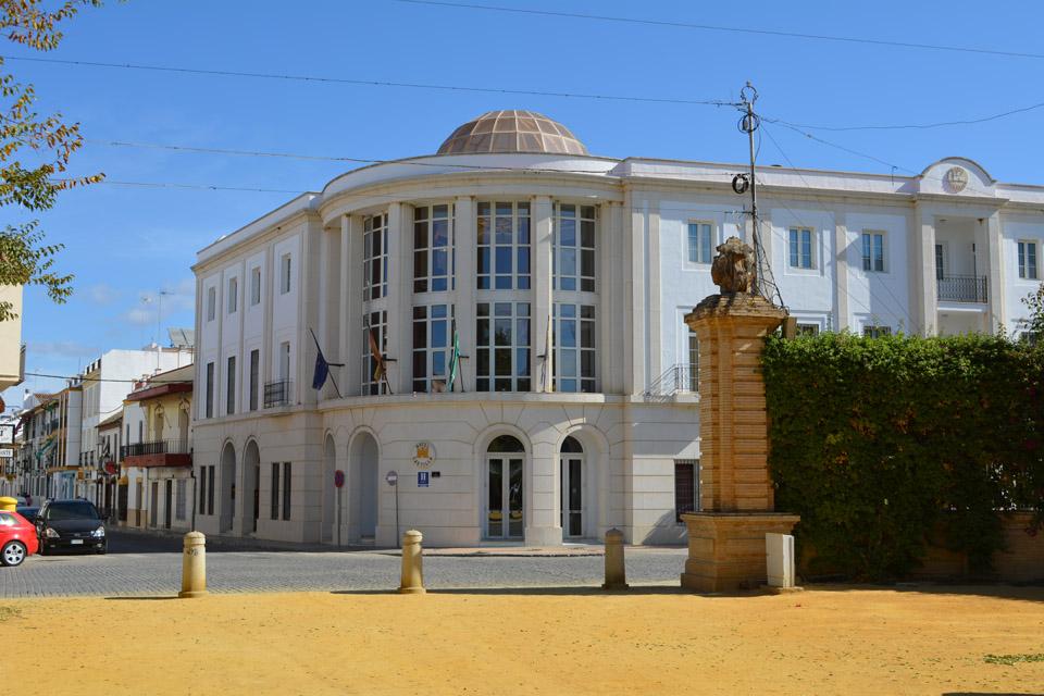 FACHADA HOTEL DIA (2)